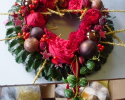 red-wreath