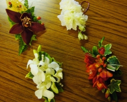 corsage-selection.jpg