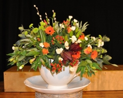 Kempston flower club April 2011 009sm